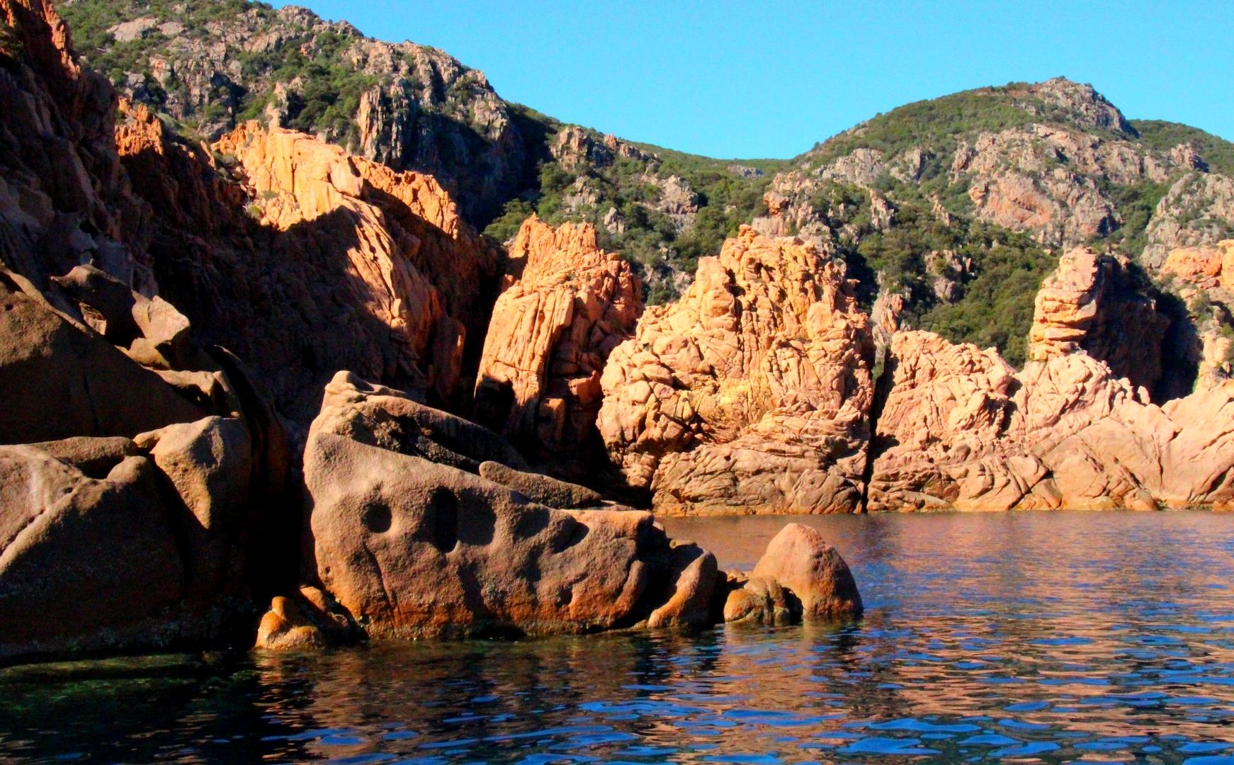 Corse - Calanches de Piana et réserve de Scandola à Porto