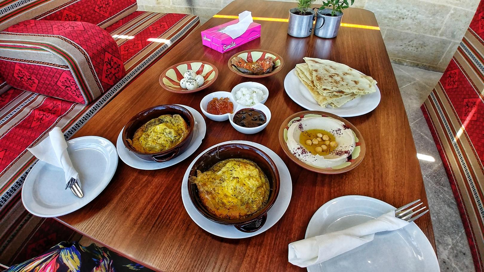 Jordanie - Petit déjeuner roboratif à Salt