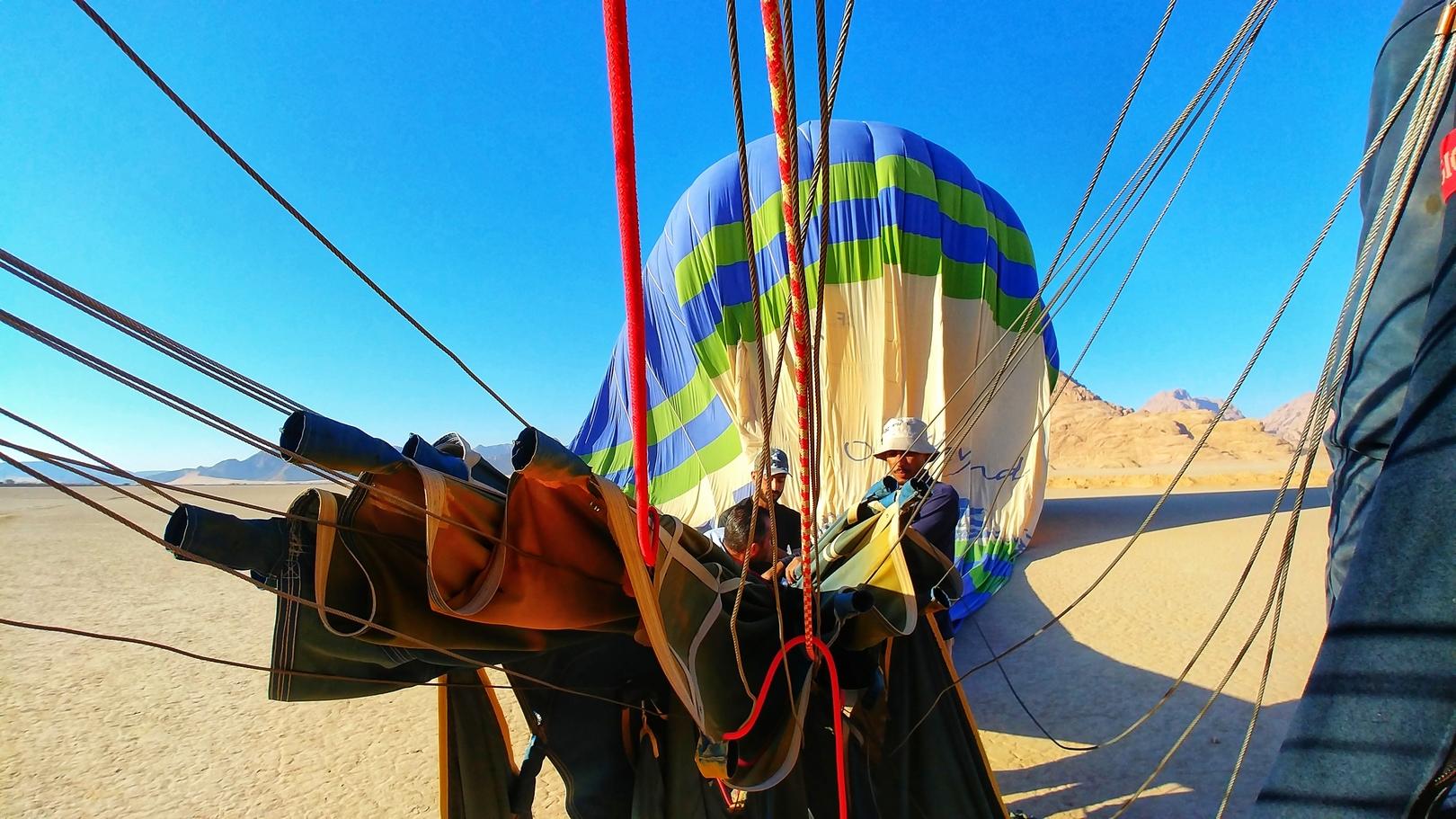 Jordanie - Montgolfière dans le désert de Wadi Rum