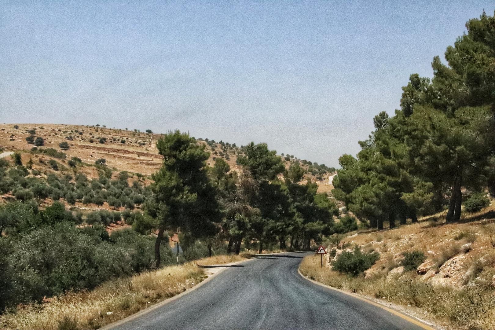 Jordanie - Route entre Jerash et Umm Qais