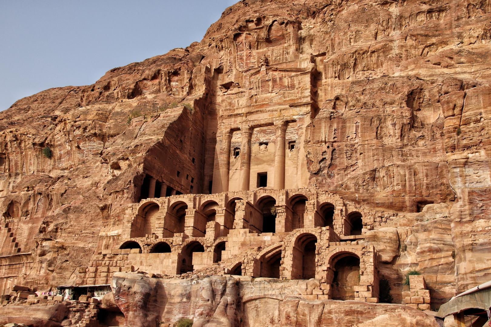 Jordanie - Tombeau à l'urne sur le site de Petra