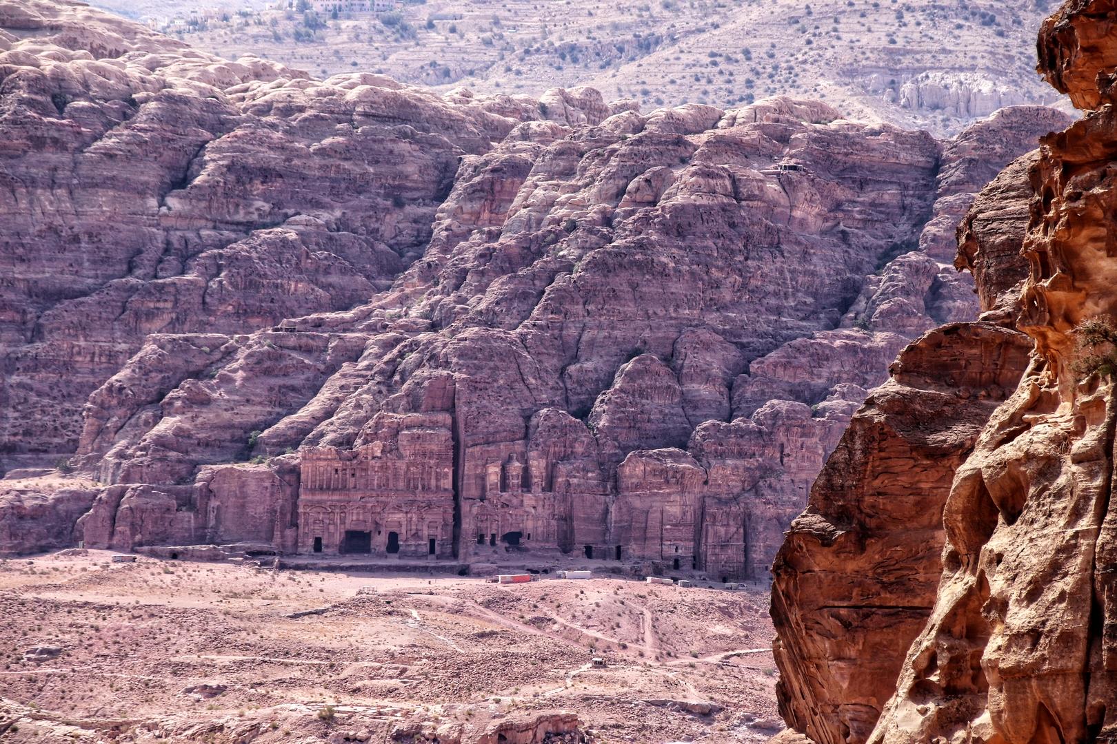 Jordanie - Vue sur les tombes royales du site de Petra