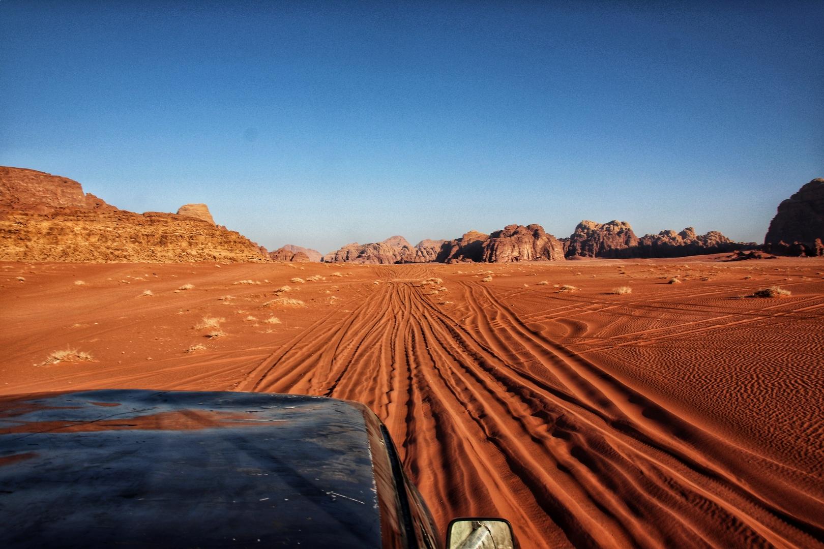 Jordanie - Fin de journée dans le désert de Wadi Rum