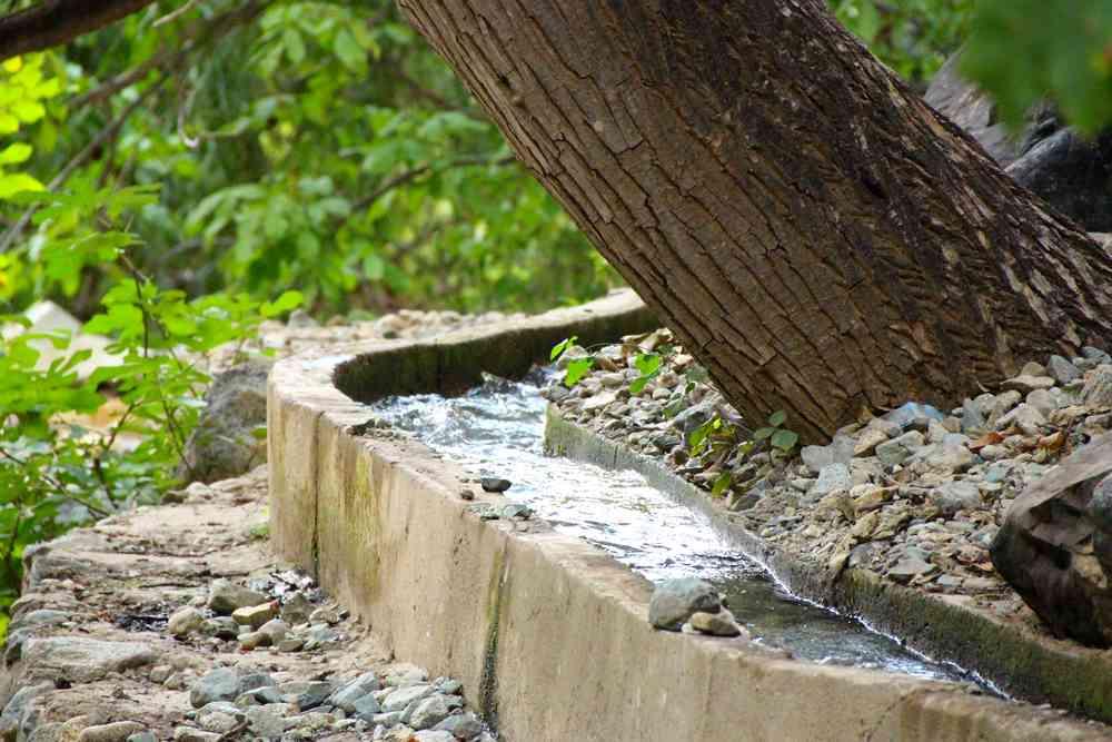 Maroc - Système d'irrigation dans la vallée de l'Ourika
