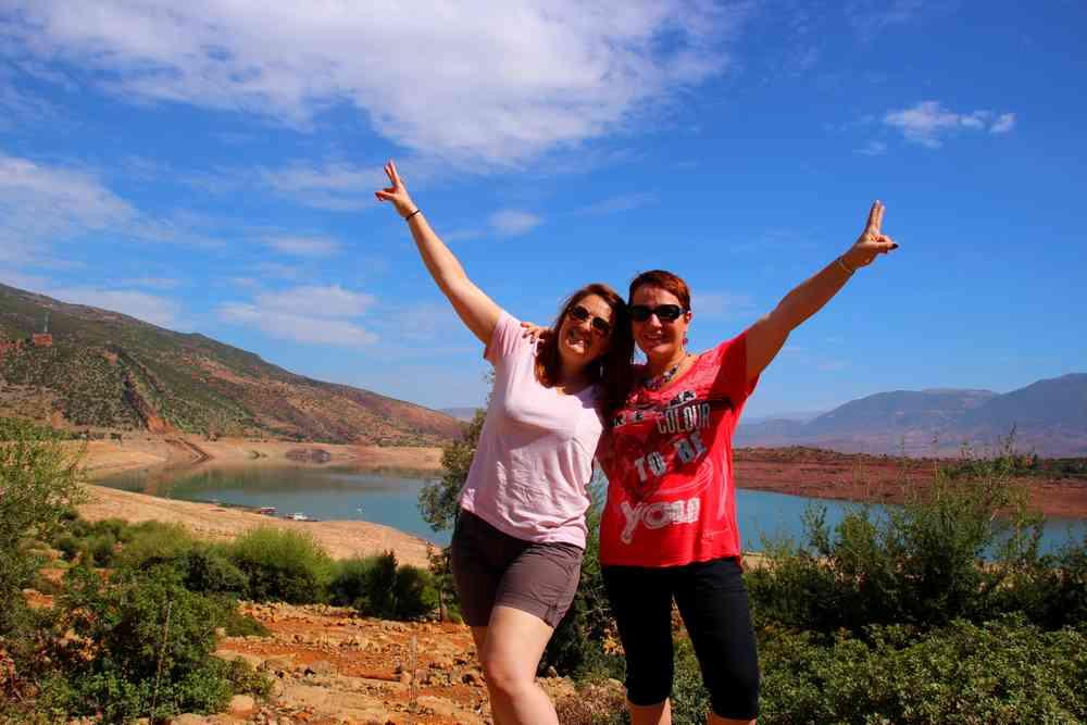 Maroc - Devant le lac de Bin el Ouidane