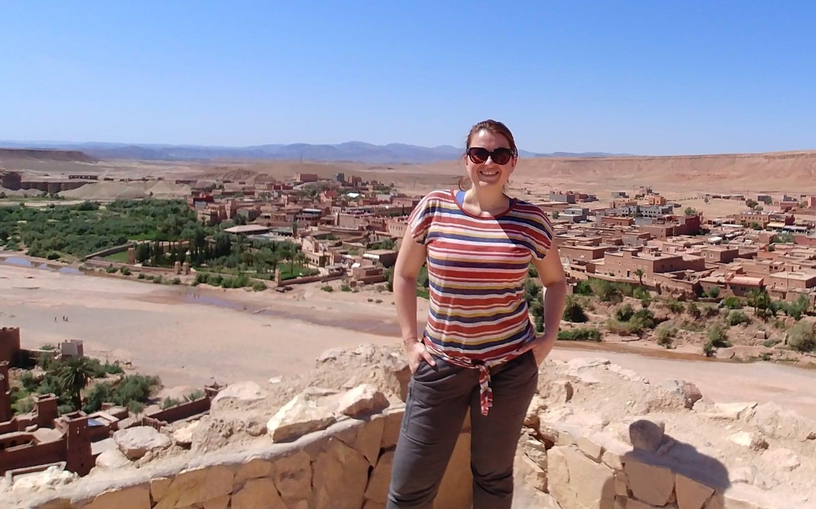 Maroc - Perchée sur les hauteurs du ksar d'Ait Ben Haddou, classé au patrimoine mondial de l'UNESCO