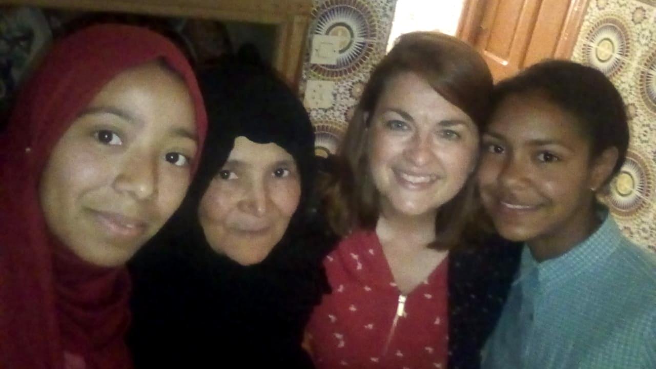 Maroc - Retrouvailles avec Chaimae, sa mère et sa soeur
