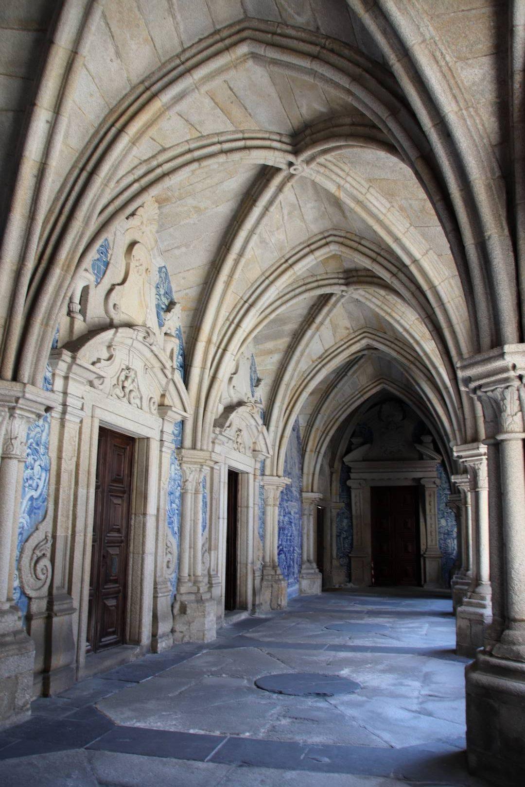 Portugal - Claustro / cloître à Porto