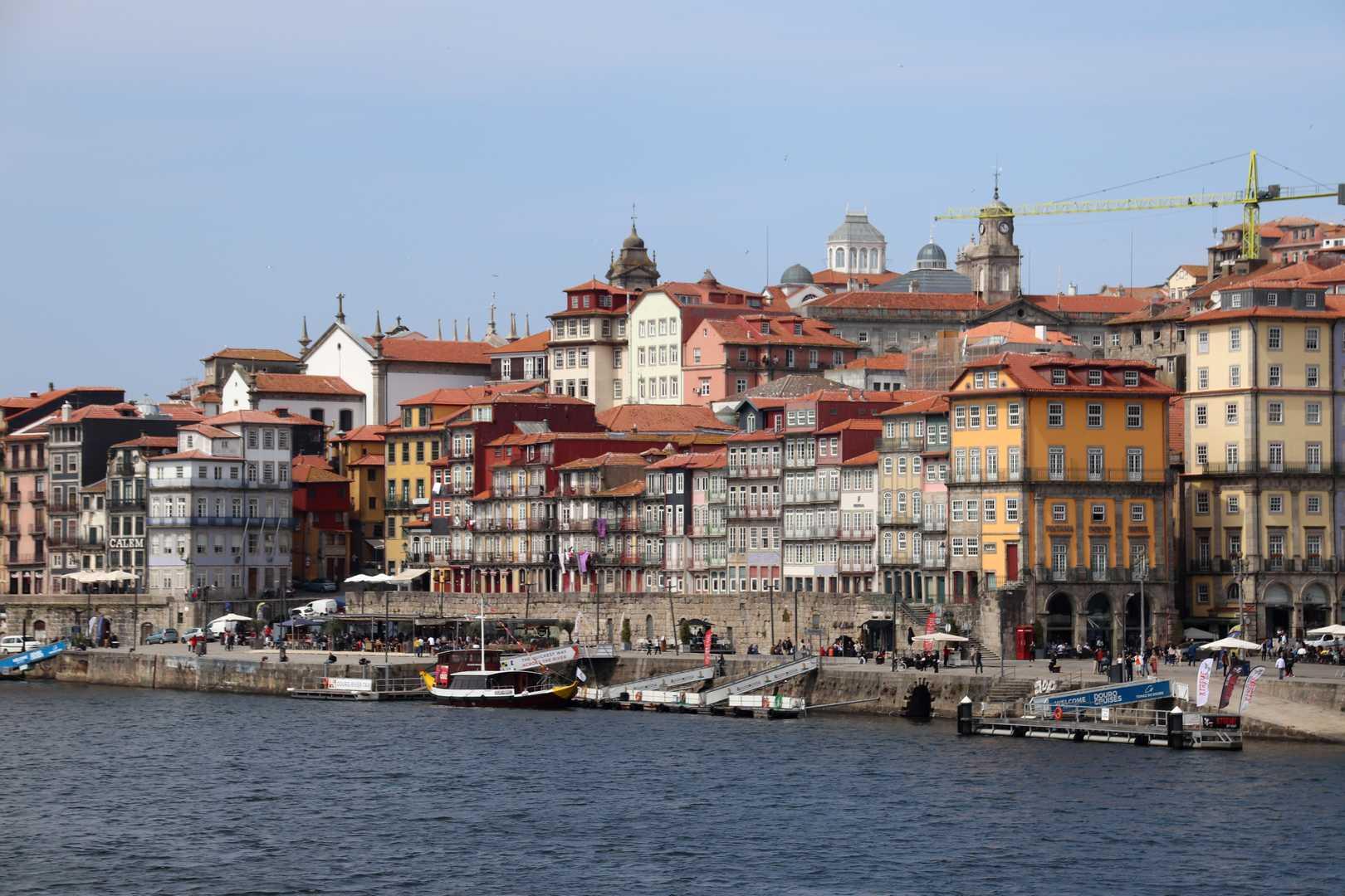 Portugal - Le vieux Porto vu du Cais de Gaia