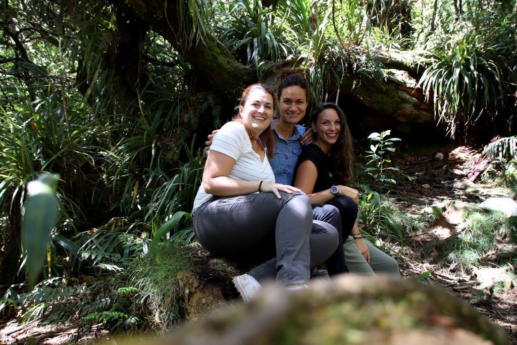 Sara, Emilie et moi à la Réunion