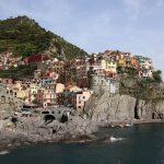 Italie - Village perché sur la falaise au parc des Cinque Terre