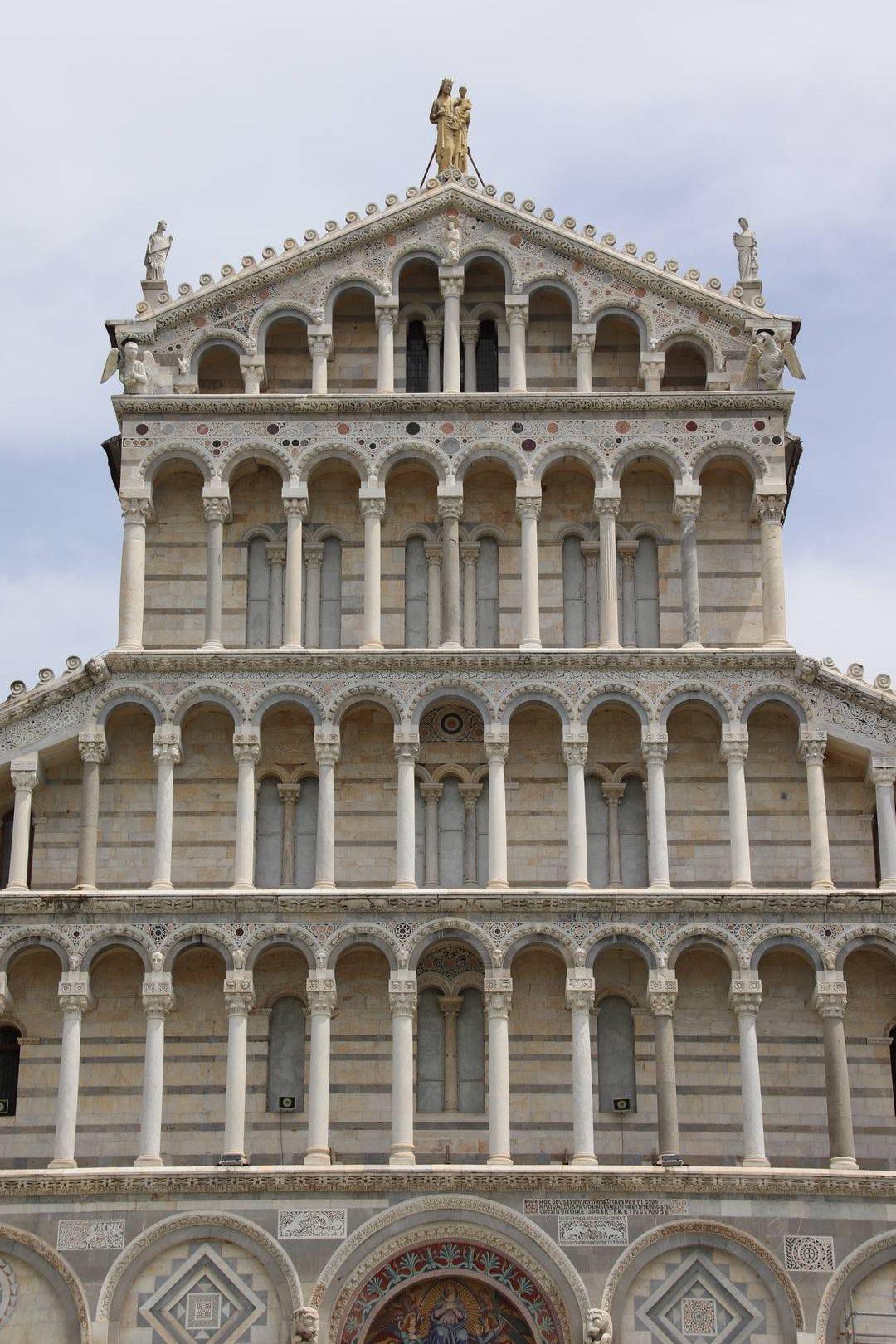 Italie - Détails de la cathédrale de Pise