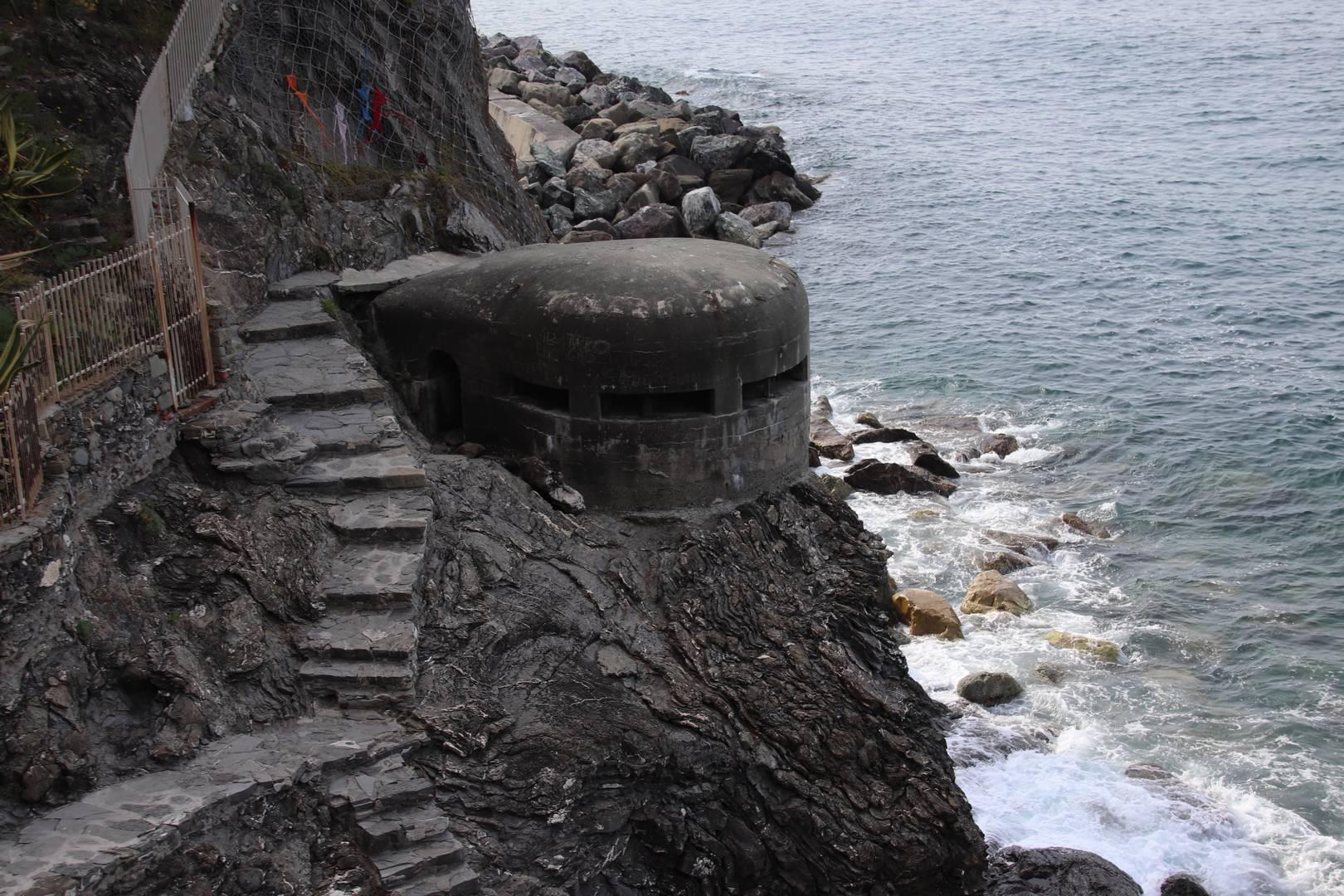 Italie - Bunker dans le village de Monterosso, parc des cinque terre