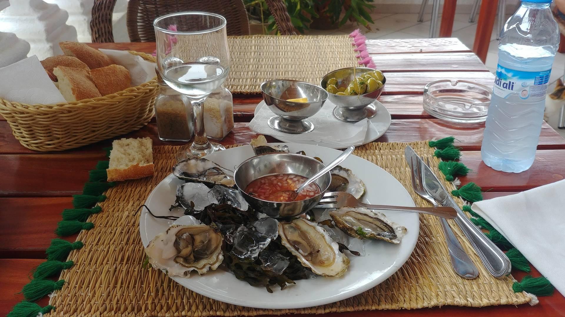 Maroc - Assiette d'huîtres à Oualidia